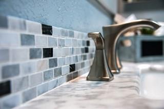 Tegels Badkamer Rotterdam : Badkamer voegen vervangen rotterdam de ruijter kitwerken